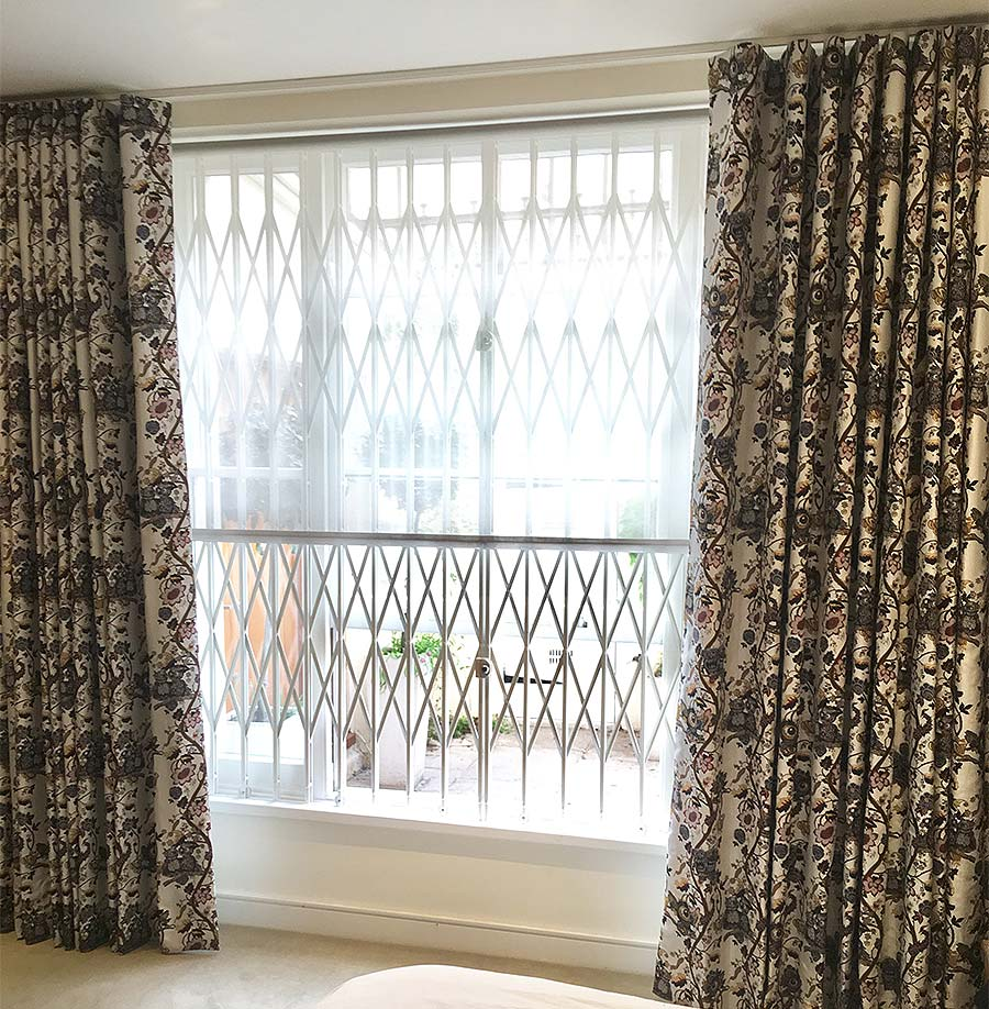 Custom made wave curtains